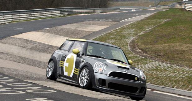 La Mini électrique à 187 km/h sur le Nürburgring