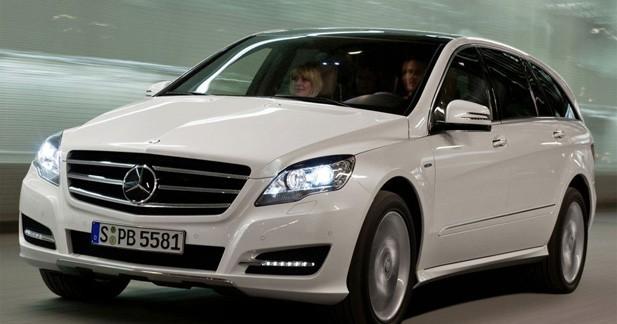 Un Mercedes Classe R assagi à New York