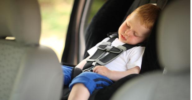 2 enfants sur 3 toujours mal attachés en voiture