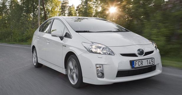 Toyota lance la Prius en Thaïlande