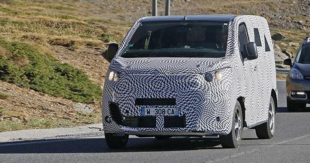 Spyshots : Citroën teste la prochaine génération du Jumpy