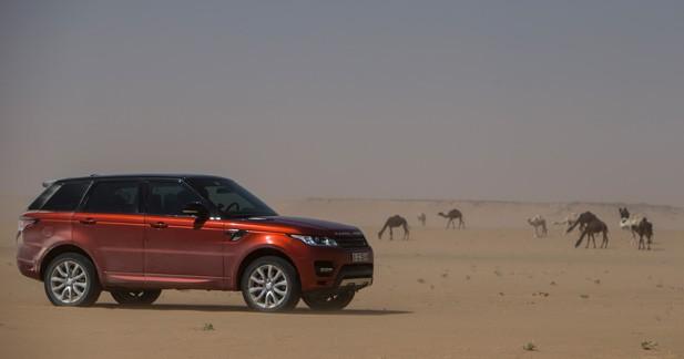 800 km de dunes en 10h30 : la promenade de santé du Range Rover Sport