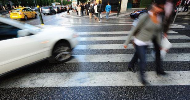 La sécurité s'améliore dans le monde mais plus lentement pour les piétons et les deux roues
