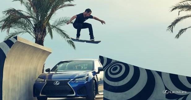 L'hoverboard de Lexus en action