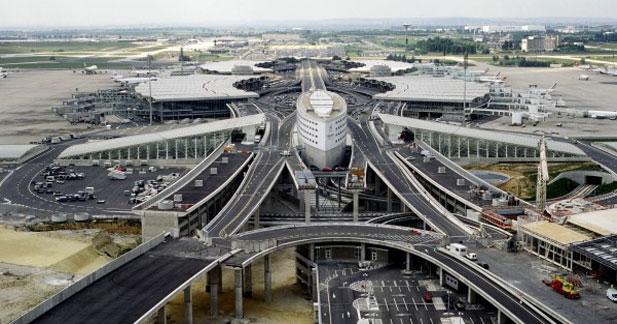 Hertz facilite l'autopartage sur les aéroports parisiens