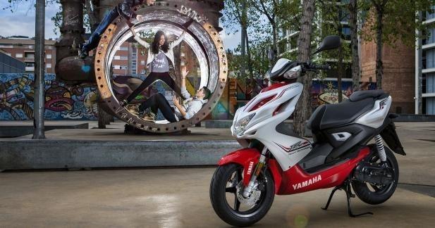 Marché scooter/moto 50 : baisse significative en 2012