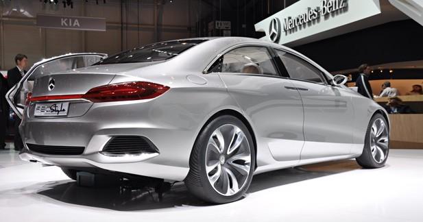 Mercedes F800 Style en vidéo : Sculpturale