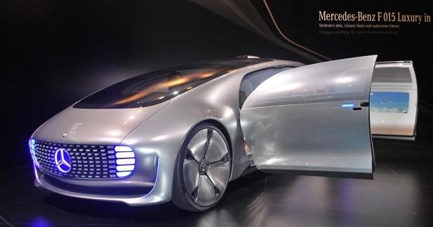 Mercedes F 015: le futur est de retour