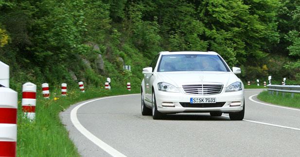 Mercedes inaugure les batteries au Lithium-Ion