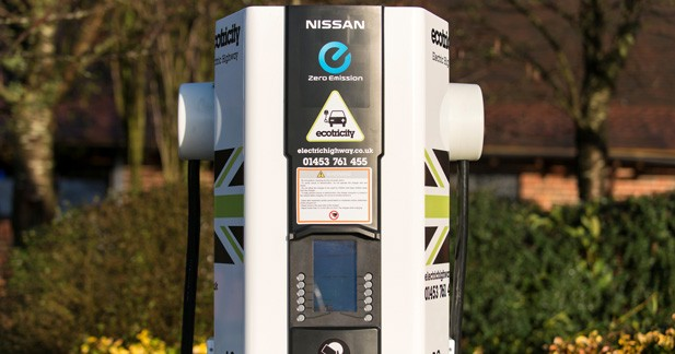 Nissan inaugure sa millième borne de recharge rapide