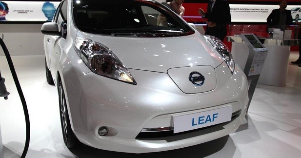 nissan leaf 30 kwh un bond en autonomie. Black Bedroom Furniture Sets. Home Design Ideas