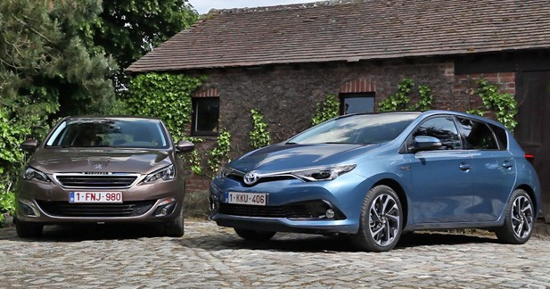 toyota auris hybrid pr ts abandonner le diesel. Black Bedroom Furniture Sets. Home Design Ideas