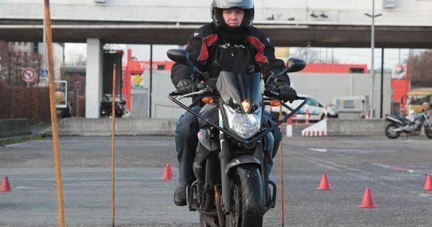 Nouveau permis moto 2013 : les règles changent la veille de la mise en place !