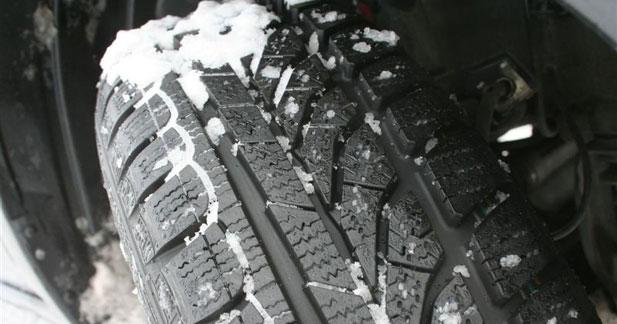 Le gardiennage de pneus en hiver proposé aux particuliers