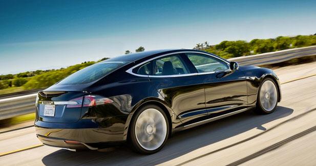 La Tesla Model S probablement dérivée en version traction intégrale