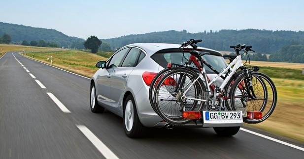Arrimer son vélo sur une Opel Astra : facile !