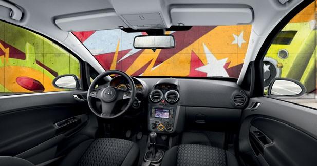 Opel Corsa Graphite : le GPS en prime et 88 g de CO2
