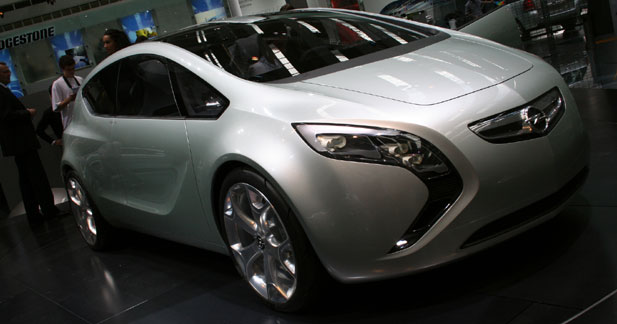 Opel Flextrême : l'hybride à moins de 40g/km de CO2