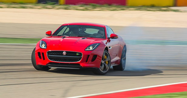 Les Jaguar sportives n'ont pas besoin de 4 roues motrices
