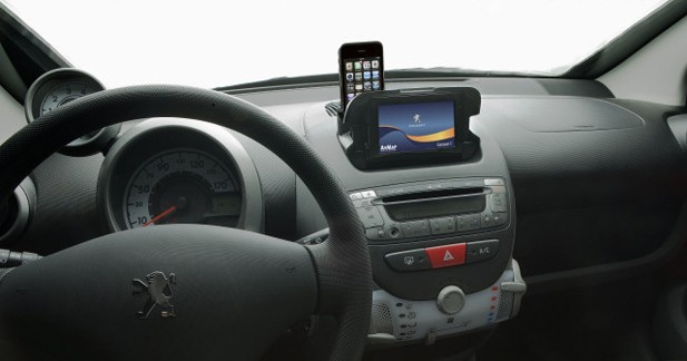 Peugeot 107 : une série spéciale avec navigation intégrée