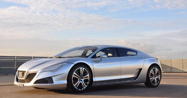 Peugeot RC HYbrid4 : le futur à portée de main