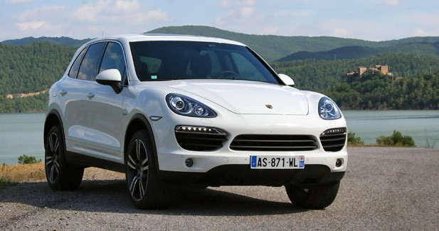 essai porsche cayenne s hybrid les remords en moins. Black Bedroom Furniture Sets. Home Design Ideas