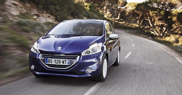 Peugeot 208 et Toyota Yaris HSD : les choix de la presse automobile