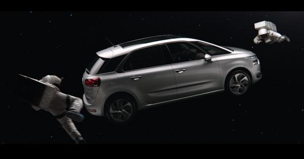 La nouvelle campagne Citroën met le C4 Picasso en orbite