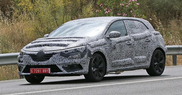 Spyshot: Premiers tours de roues pour la future Renault Megane