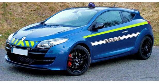 Insolite : les gendarmes poursuivent un conducteur de 15 ans à 230 km/h sur l'autoroute