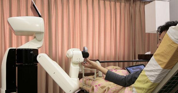 HSR : le robot auxiliaire de vie de Toyota