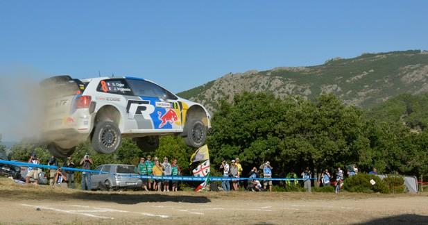 WRC – Sardaigne: Ogier s'envole, Neuville sort de l'eau