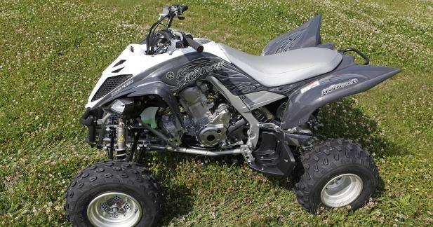 Série limitée Silver Max pour le Yamaha YMF 700R