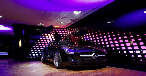 Le showroom Mercedes met les modèles AMG à l'honneur