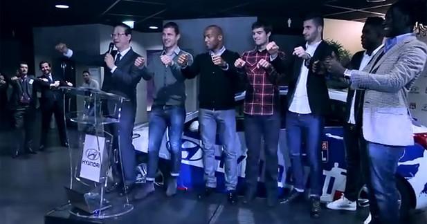 Les joueurs de l'OL aux simulateurs I-Way avec Hyundai