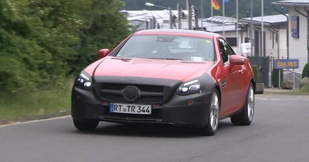 La Mercedes SLC surprise sur la route