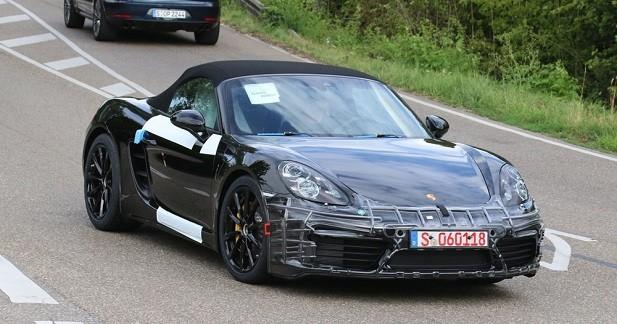 La Porsche Boxster 2016 aperçue presque sans camouflage