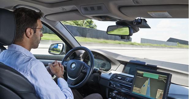 BMW accélère sur la conduite automatisée