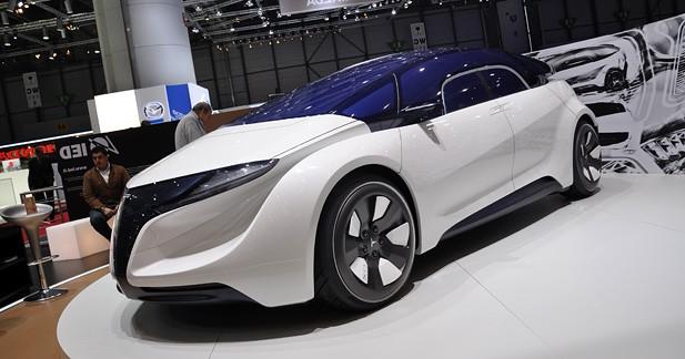 Tesla EYE Concept par IED en vidéo : Incontestablement branchée !