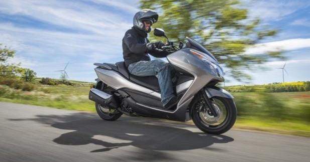 Honda NSS 300 Forza | Le Maxi PCX !
