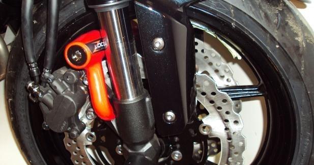 Top Block Z8 Lock, l'antivol qui s'adapte à la moto !