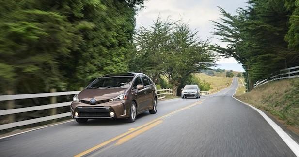 Toyota Prius v 2015 : plus agressive et plus connectée