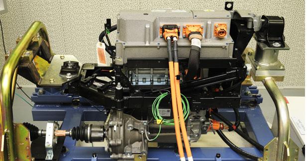 Renault crée un pôle d'essais électrique à Lardy