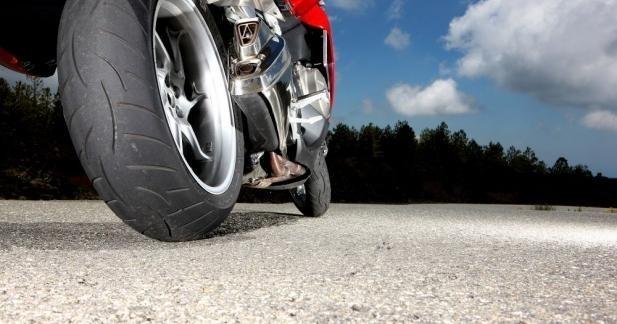 Un nouveau pneu Metzeler Roadtec Z8 Interact pour les GT
