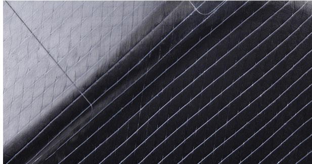 Les pièces de carrosserie en carbone désormais produites en série