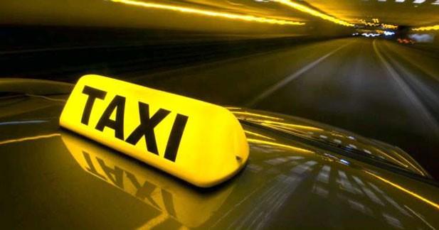 Le taxi partagé arrive dans les gares et les aéroports de Paris