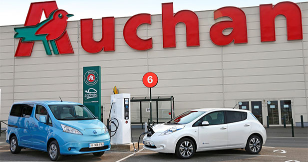 nissan et auchan inaugurent le 1er r seau de recharge rapide en france. Black Bedroom Furniture Sets. Home Design Ideas