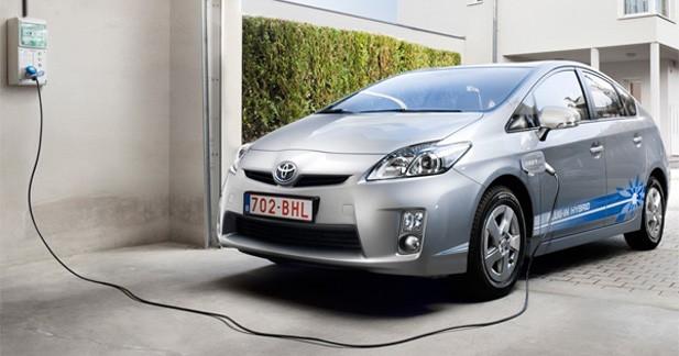 Toyota fait mieux que prévu pour la Prius rechargeable avec 49 de CO2