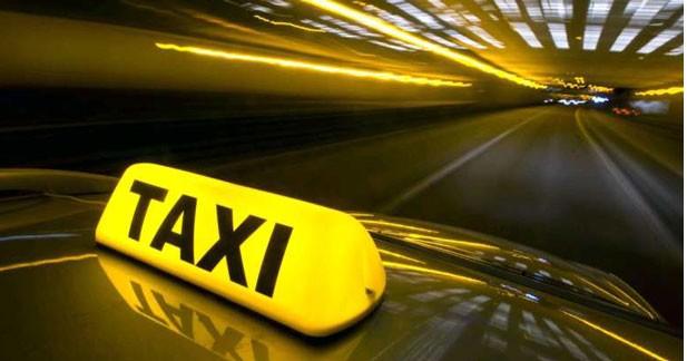 Le taxi partagé arrive à Paris
