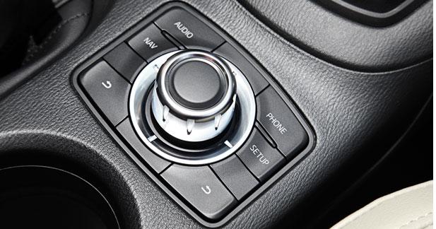 Mazda adopte une molette multi fonctions sur le CX-5